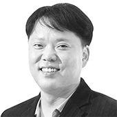 김동호 논설위원